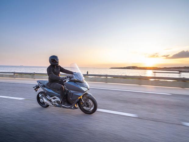 Nouveaux Forza dans la gamme des maxiscooters Honda