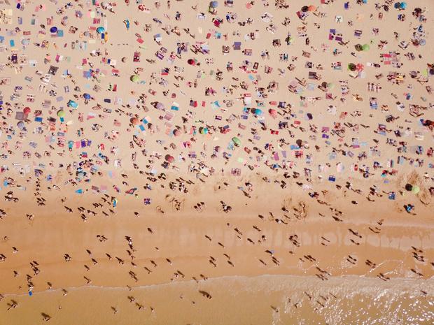 Social distancing zal ook deze zomer de regel zijn op Spaanse stranden