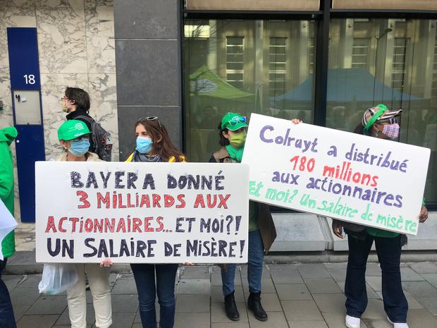 Les syndicats manifestent pour un accord interprofessionnel juste devant la BNB