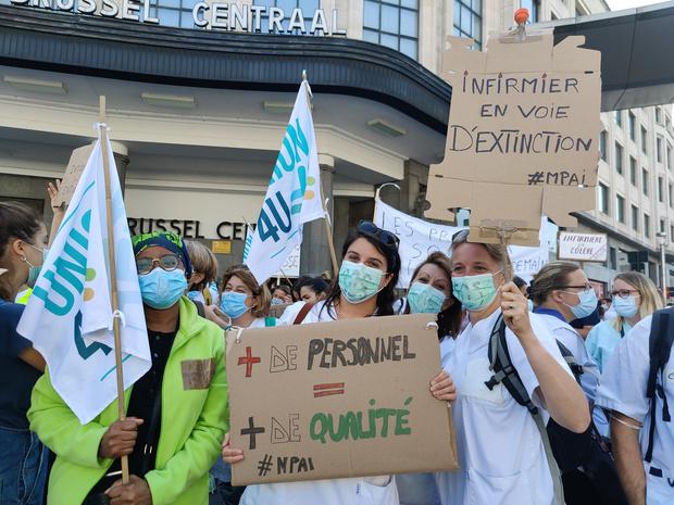 Vandenbroucke rappelle les efforts entrepris en faveur du personnel infirmier