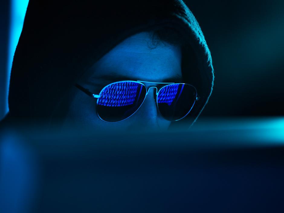 Factcheck: nee, de 'smiling hacker' werd niet geëxcecuteerd