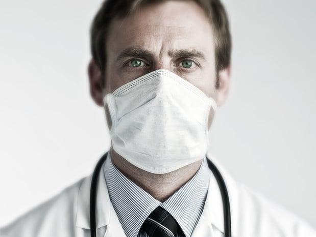 Masques et lunettes de protection gratuits pour le corps médical