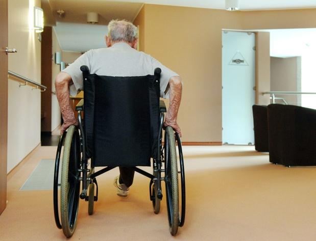 """Un statut officiel pour les """"aidants proches"""" sera d'application en octobre"""