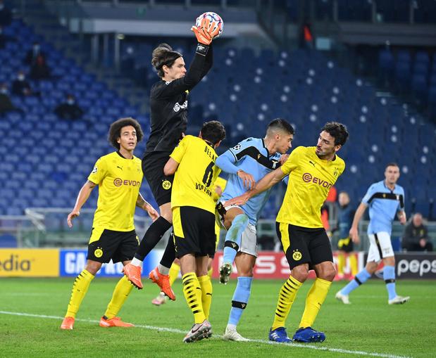 Prochain adversaire des Brugeois, la Lazio bat le Borussia Dortmund de Witsel et Meunier