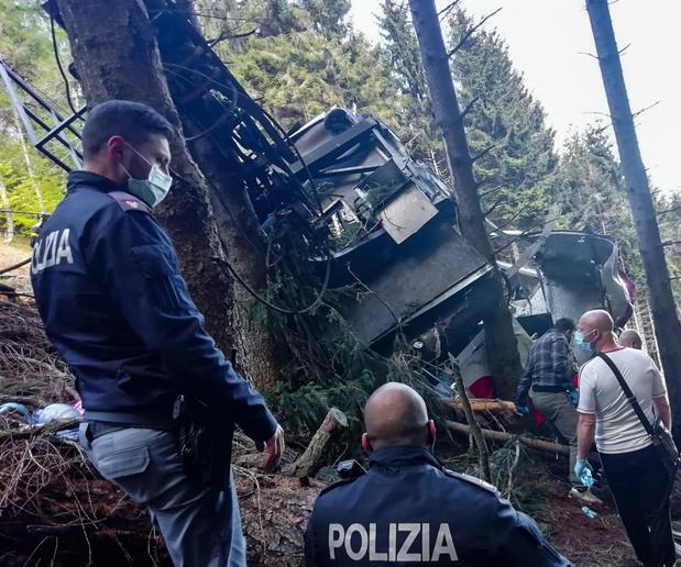Italie: 14 morts dans la chute d'un téléphérique au bord du lac Majeur
