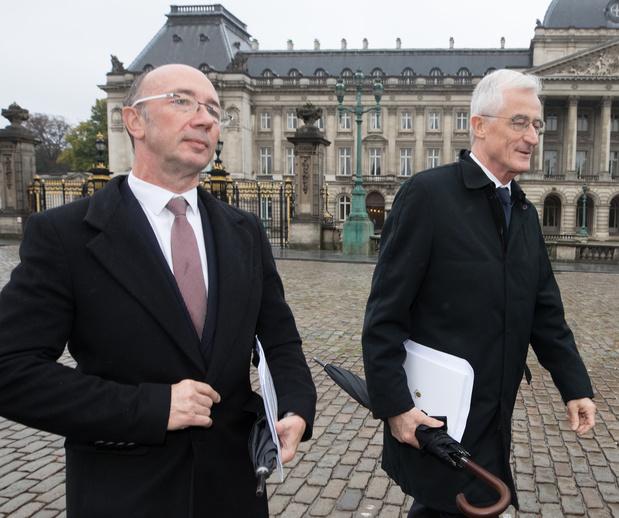Fédéral: les deux préformateurs font rapport lundi au roi