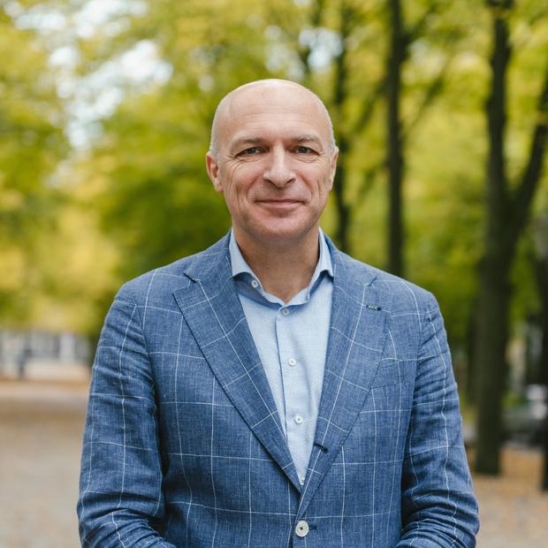 Dirk Broos wordt nieuwe voorzitter van het Wit-Gele Kruis