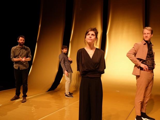 Critique théâtre: l'amour comme une religion