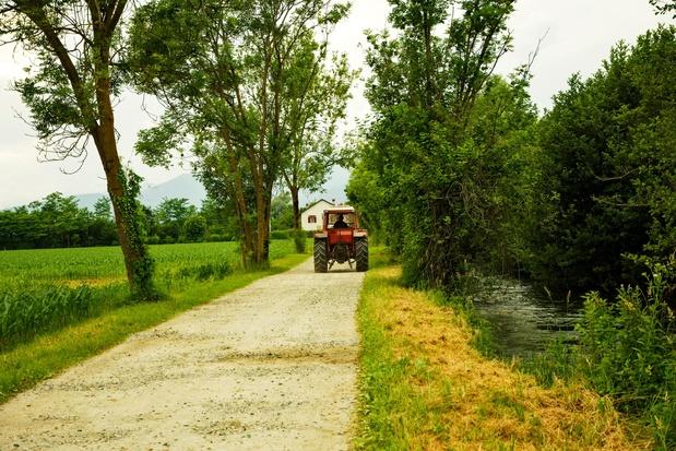 Sécheresse: des agriculteurs pompent les cours d'eau