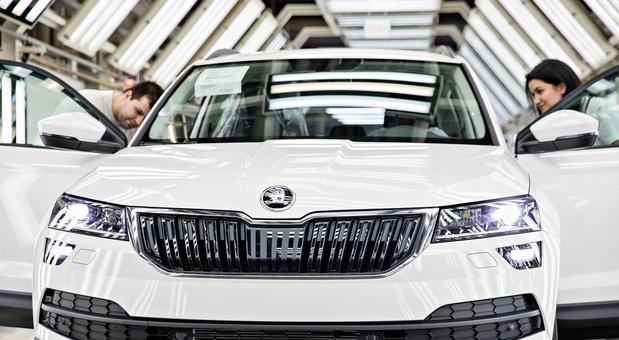 Skoda kan door chiptekort 100.000 auto's niet bouwen