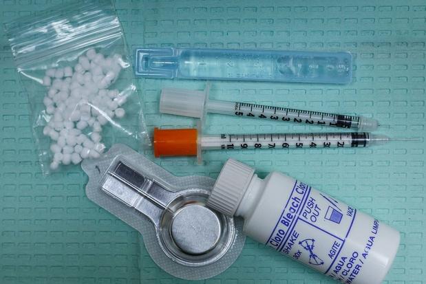 Hiv-infectie en opiaatverslaving: nut van naltrexonimplantaten voor ontwenning