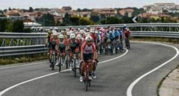 La 8e étape du Tour d'Italie au sprint pour l'Australien Caleb Ewan, Conti reste en rose