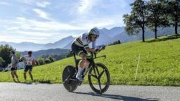 Wereldkampioen Rohan Dennis wint openingstijdrit en is eerste leider Ronde van Zwitserland