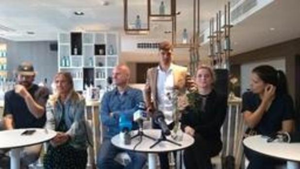 Thomas Meunier stelt Play It Art-kunstproject voor in Anderlecht