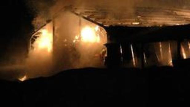 Uitslaande brand legt hooischuur met 280 ton stro in de as