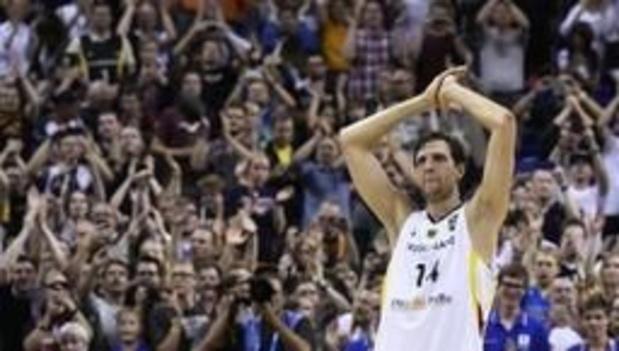 Dirk Nowitzki zet punt achter indrukwekkende NBA-carrière