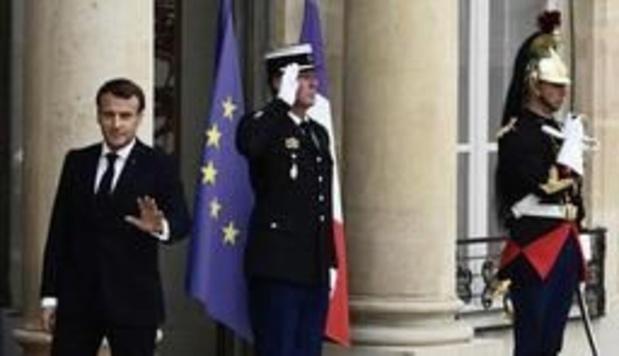 Les annonces de Macron suspendues, trêve des partis en France pour les européennes