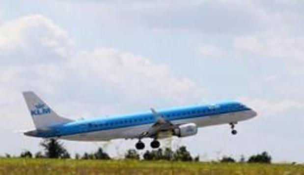 Une compagnie aérienne incite ses clients à prendre le train entre Bruxelles et Amsterdam...