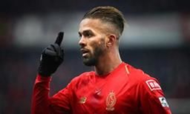 Mehdi Carcela (Standard) ne sera pas sanctionné pour le doigt d'honneur contre Anderlecht