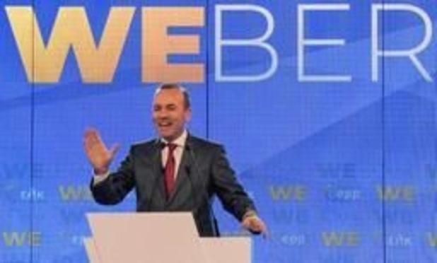 """Elections 2019 - Européennes: le chef de la droite lance sa campagne à Athènes, berceau de la """"démocratie"""""""