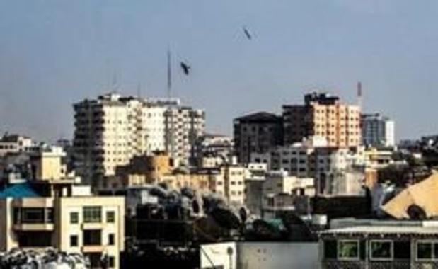 Israël bombarde des sites du Hamas après de nouveaux tirs de roquettes