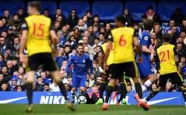 Eden Hazard geeft 2 assists, Isaac Mbenza scoort tegen Man. United dat naast CL grijpt
