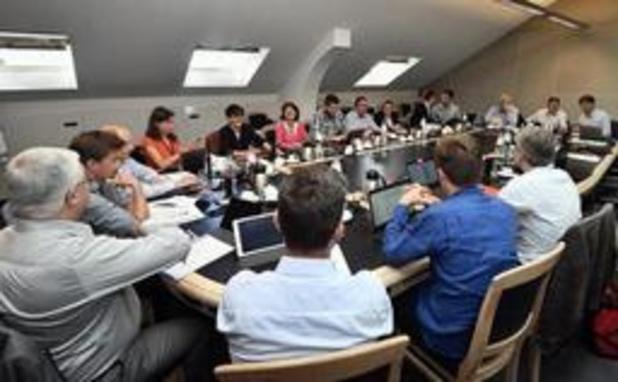 Négociations bruxelloises: Les discussions reprendront mercredi après-midi