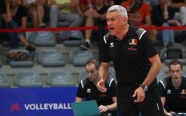 """EK volley (v) - Bondscoach Vande Broek is trots op zijn ploeg: """"Waren dichtbij exceptionele overwinning"""""""