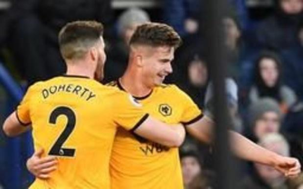 Belgen in het buitenland - Dendoncker en Wolverhampton staan al met anderhalf been in de play-offronde