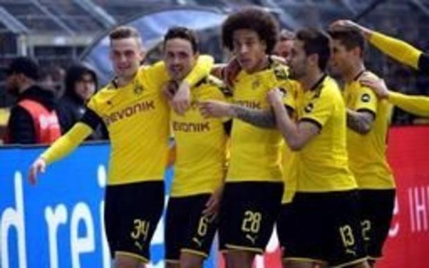 Les Belges à l'étranger - Dortmund s'impose contre Dusseldorf et retarde le sacre du Bayern, accroché à Leipzig