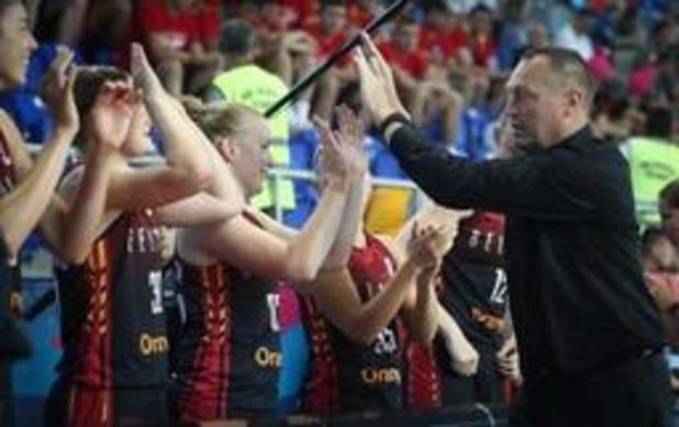 """EK basket (v) - Philip Mestdagh na zege tegen Rusland: """"Hebben veel maturiteit getoond"""""""
