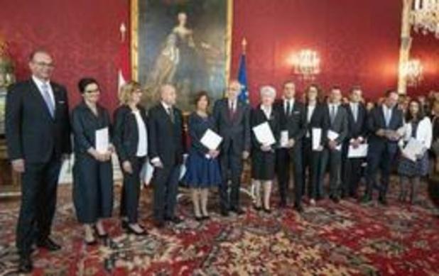 Oostenrijkse technocratische overgangsregering telt zes mannen en zes vrouwen