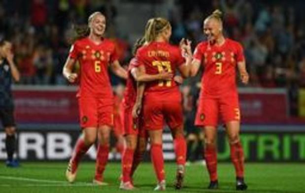 Kwal. EK voetbal (v) - Red Flames zetten campagne in met monsterzege tegen Kroatië