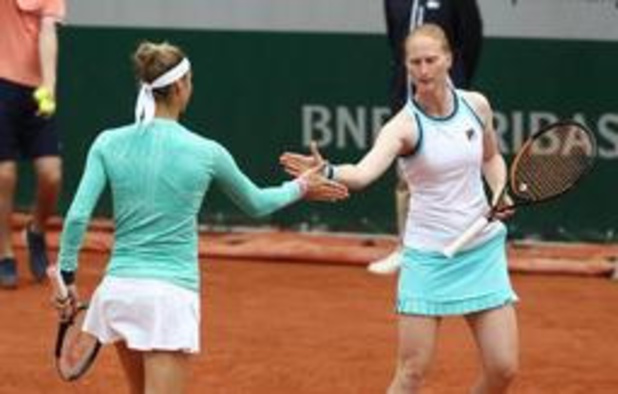 Alison Van Uytvanck grijpt naast dubbelwedstrijd tegen Kirsten Flipkens