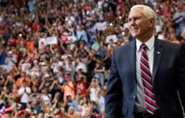 """Trump kiest opnieuw voor vicepresident Mike Pence als """"running mate"""""""