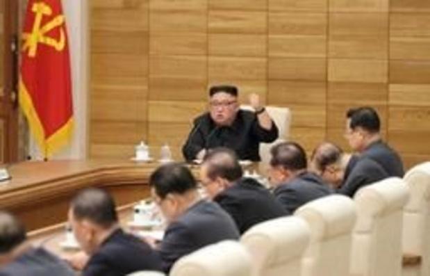 Noord-Koreaanse leider Kim Jong-un dwingt partijfunctionarissen terug in het gareel