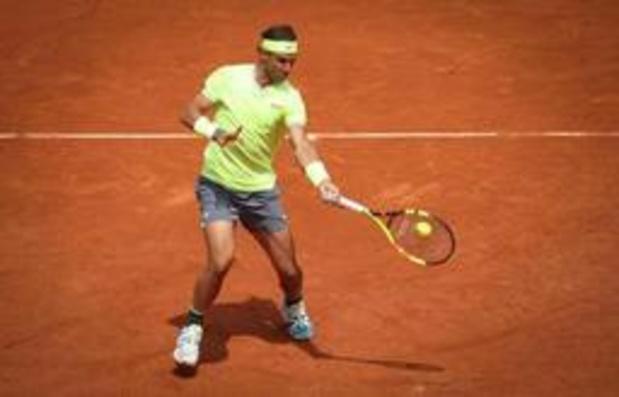 Rafael Nadal opent jacht op twaalfde eindzege met vlotte overwinning