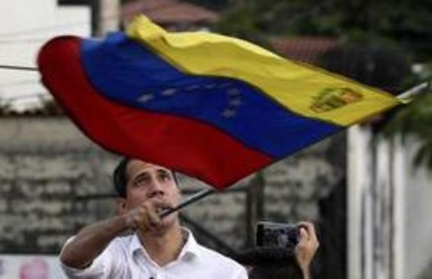 """Crise au Venezuela - Le dialogue se poursuit pour trouver une solution """"constitutionnelle"""""""