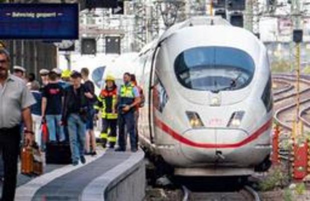Meer dan 100.000 euro opgehaald voor familie van jongetje dat op sporen werd geduwd