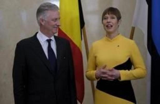 Le roi Philippe rend visite aux militaires belges déployés en Estonie