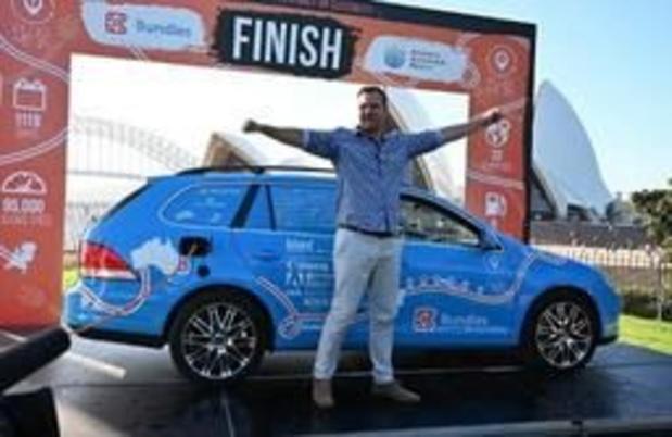 Nederlander bereikt Sydney na drie jaar in elektrische auto