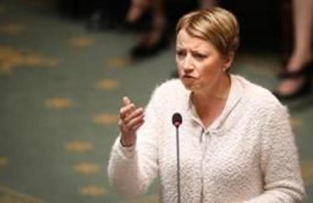 CdH vraagt debat in de Kamer over Eurocommissaris