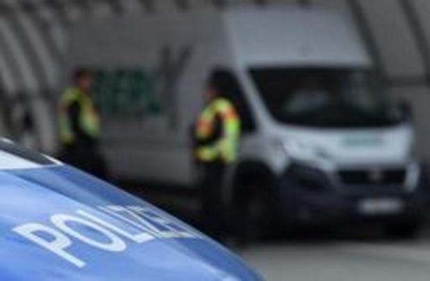 Agenten gewond na rellen in Duits asielcentrum