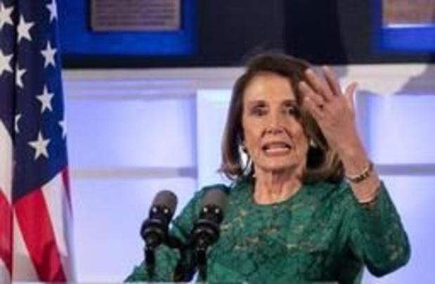 La chef des démocrates repousse l'idée d'une destitution de Trump