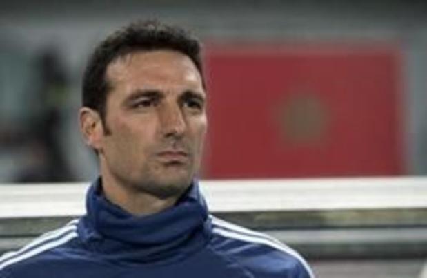 Argentijnse bondscoach Scaloni raakt zwaar gewond bij fietsongeluk