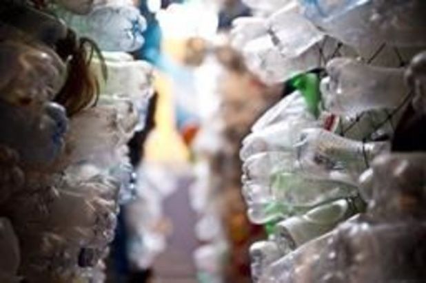 Le gouvernement français décrète la guerre au plastique