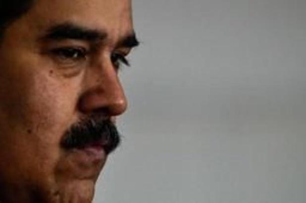 """Venezuela : le dialogue se poursuit pour trouver une solution """"constitutionnelle"""""""