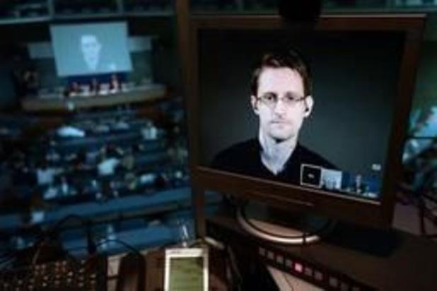 """Snowden dénonce un """"jour sombre pour la liberté de la presse"""" après l'arrestation d'Assange"""