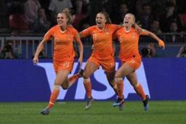 WK vrouwenvoetbal - Lieke Martens trapt Nederland in slotminuut naar laatste acht