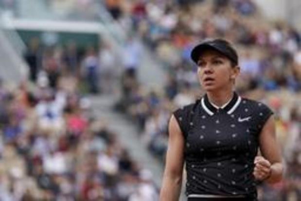 Simona Halep stoot door naar achtste finales